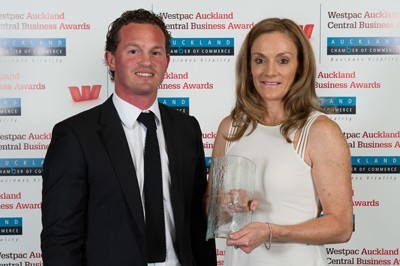 Daniel Dalton from APN presenting Ruby Francis of Rubywaxx with her Award.